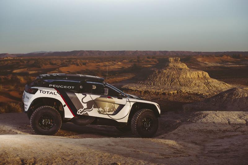سيارة بيجو الجديدة: 300 دي كاي آر