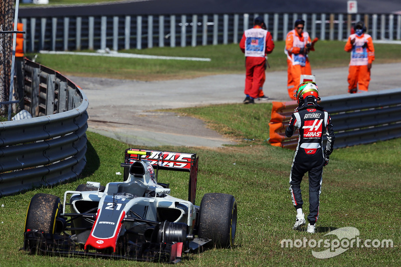 Esteban Gutierrez, Haas F1 Team VF-16 retired from the race