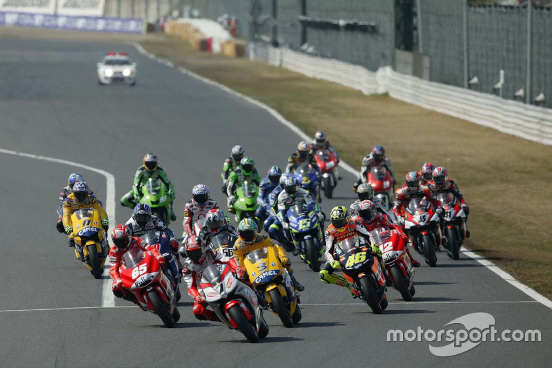 Carlos Checa, Fortuna Yamaha Team líder al inicio de la carrera