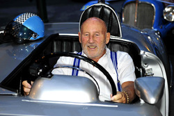 Sir Stirling Moss im Mercedes-Rennwagen