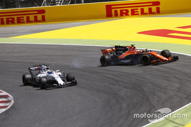 Зіткнення Феліпе Масси (Williams) і Стоффеля Вандорна (McLaren)