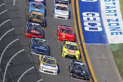 Tyler Reddick, Chip Ganassi Racing Chevrolet and Kasey Kahne, Hendrick Motorsports Chevrolet