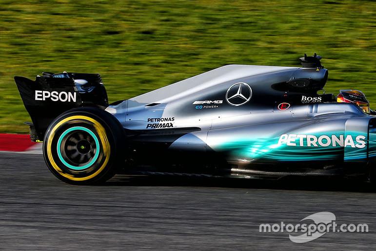 Mercedes AMG F1 W08 (вариант 1)
