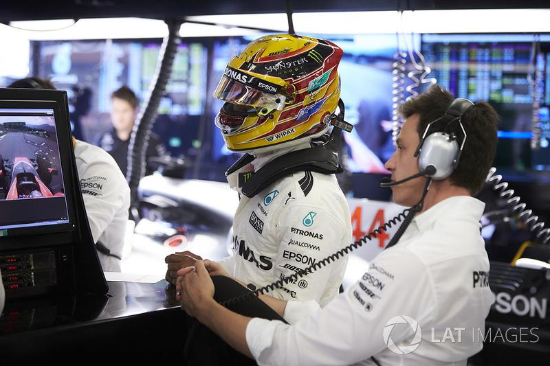 Льюіс Хемілтон, Mercedes AMG F1, Керівник Mercedes AMG F1 Тото Вольфф