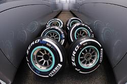 Шини Pirelli Medium