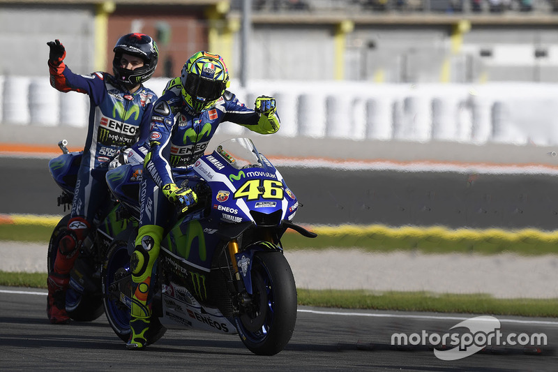 Valentino Rossi dan Jorge Lorenzo, Yamaha Factory Racing - MotoGP Valencia 2016