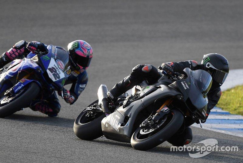 Lewis Hamilton, Alex Lowes, Pata Yamaha