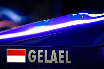 The name of Sean Gelael, Toro Rosso STR13, on the car