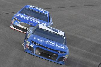 Kyle Larson, Chip Ganassi Racing, Chevrolet Camaro Credit One Bank/DC Solar, Ricky Stenhouse Jr., Roush Fenway Racing, Ford Fusion Fastenal