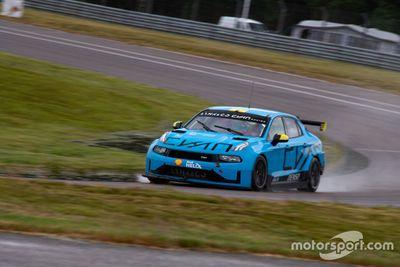 Annuncio Cyan Racing