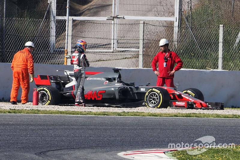 Ромен Грожан, Haas F1 VF-17: вылет с трассы