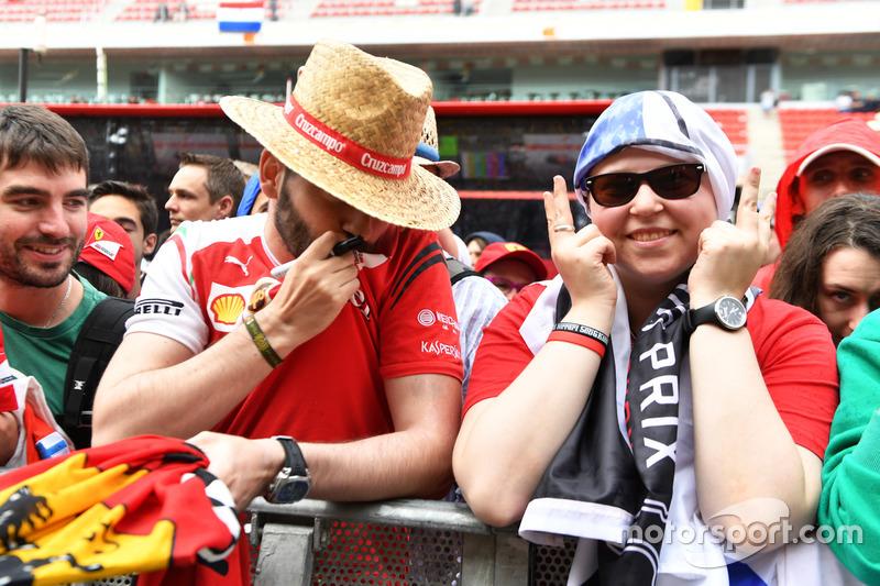 Болельщики Ferrari