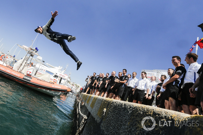 Rally winner Ott Tänak, M-Sport, Ford Fiesta WRCcelebrates and dives into the sea