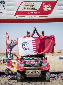 Победители: №300 Toyota Hilux: Нассер Аль-Аттия и Матье Бомель
