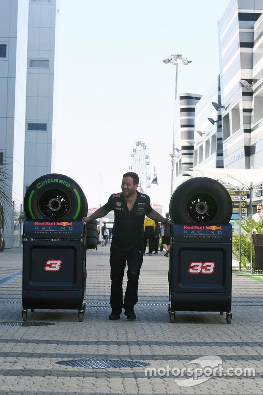 Red Bull Racing mechanic at work