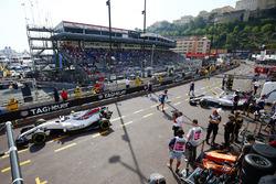 Lance Stroll, Williams FW40, Felipe Massa, Williams FW40
