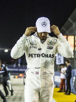 Temporada 2017 F1-singapore-gp-2017-lewis-hamilton-mercedes-amg-f1