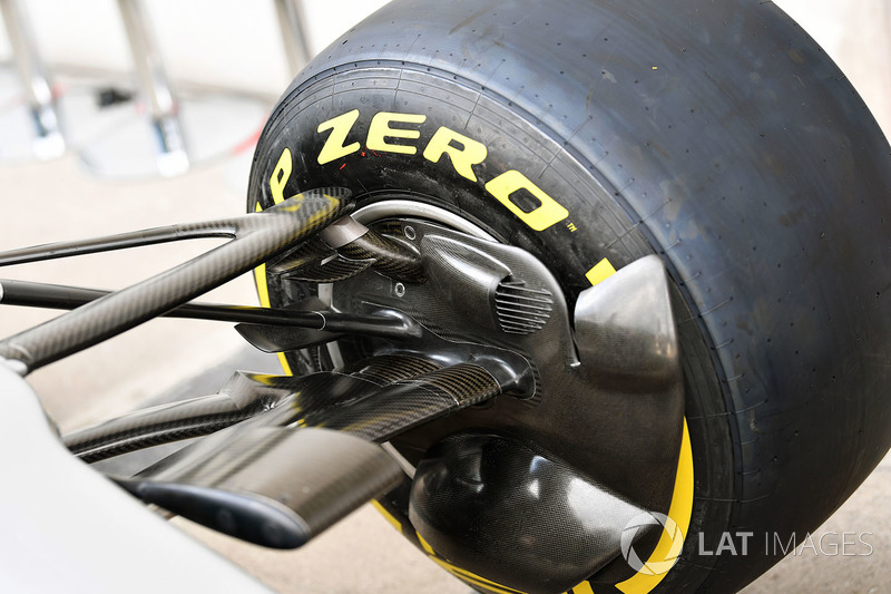 Mercedes AMG F1 W08 front brake duct