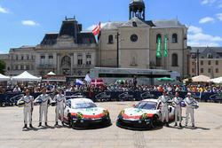 #92 Porsche Team Porsche 911 RSR: Michael Christensen, Kevin Estre, Dirk Werner, #91 Porsche Team Po
