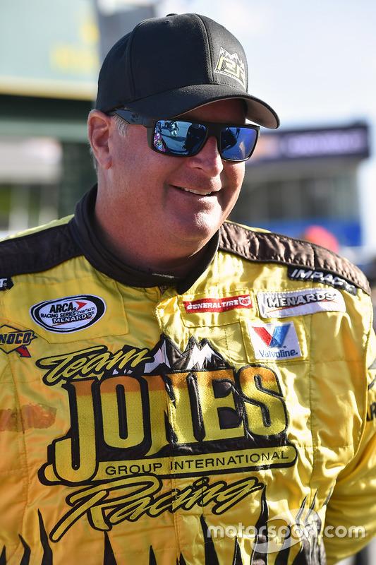 Terry Jones, Ford