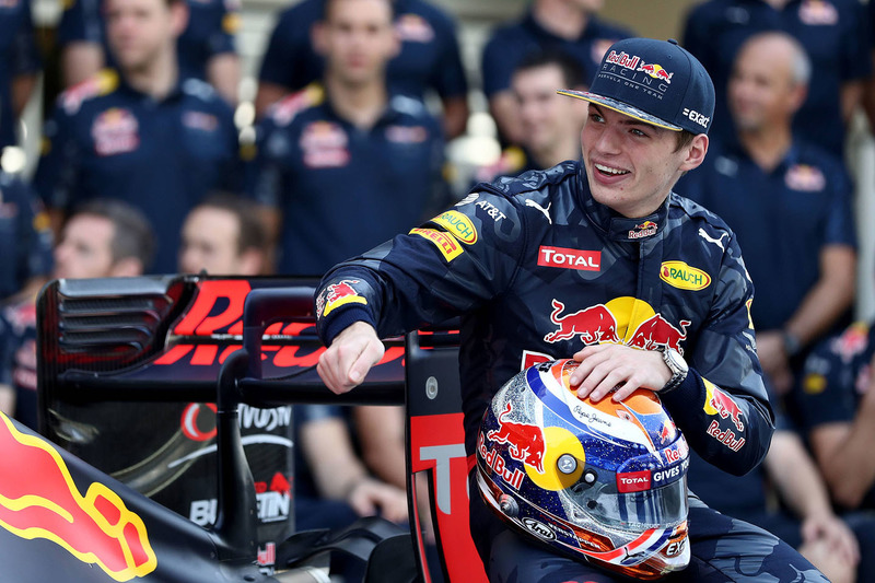 Max Verstappen, Red Bull Racing beim Teamfoto