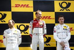 Podium: winnaar René Rast, Audi Sport Team Rosberg, nummer twee Gary Paffett, Mercedes-AMG Team HWA, nummer drie Paul Di Resta, Mercedes-AMG Team HWA