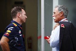 Christian Horner, Team Principal, Red Bull Racing, talks with Chase Carey, Chairman, Formula One