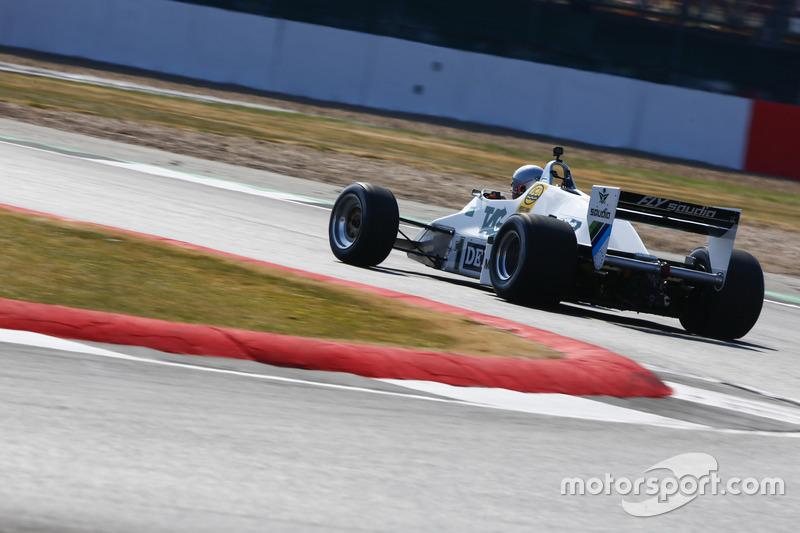 Guy Martin guida una Williams FW08C del 1983