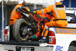 Crashed bike of Mika Kallio, Red Bull KTM Factory Racing