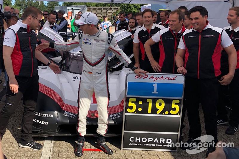Porsche 919: Timo Bernhard dengan rekor waktunya