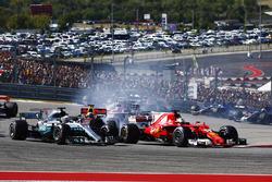 Temporada 2017 F1-united-states-gp-2017-lewis-hamilton-mercedes-amg-f1-w08-sebastian-vettel-ferrari-sf70h