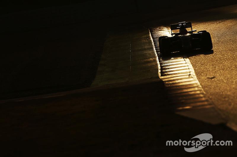4. Esteban Gutierrez, Haas F1 Team VF-16