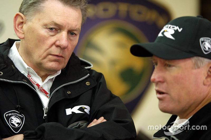 John Barnard, Proton Team KR und Kenny Roberts, Teambesitzer Proton Team KR