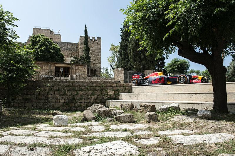 سيارة ريد بُل آر.بي7 في جبيل، لبنان