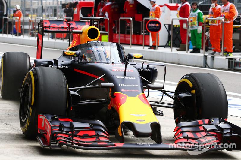 Daniel Ricciardo, Red Bull Racing RB12 met Aeroscreen