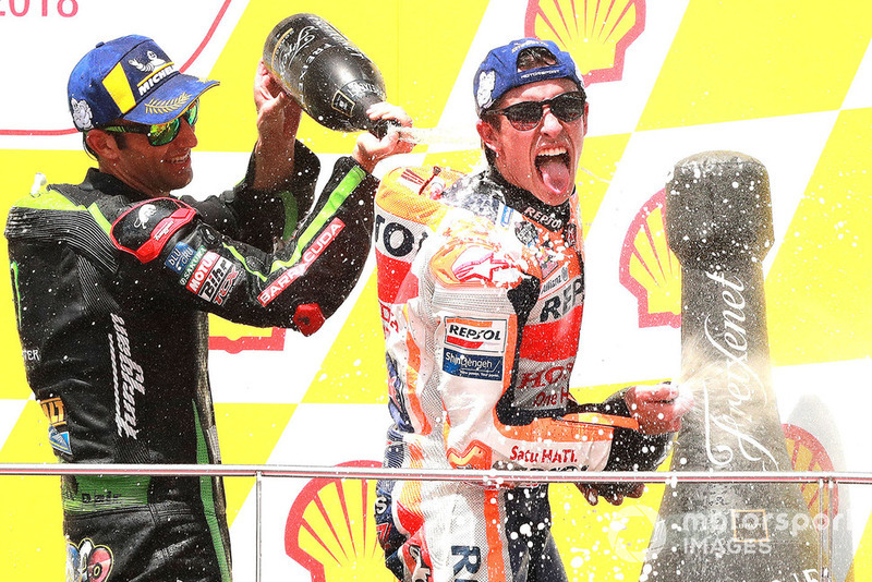 Подіум: переможець гонки Марк Маркес, Repsol Honda Team, третє місце Жоанн Зарко, Monster Yamaha Tech 3