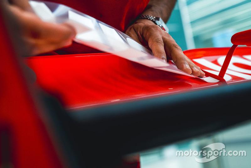Pegatinas Ferrari Philip Morris