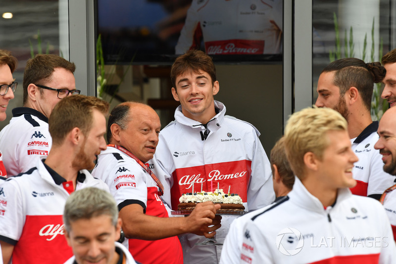 Sauber birthday celebrations for Marcus Ericsson, Sauber