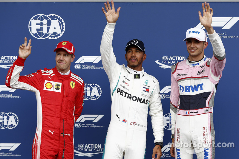 El poleman: Lewis Hamilton, Mercedes AMG F1, Sebastian Vettel, Ferrari, y Esteban Ocon, Racing Point Force India VJM11