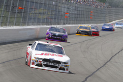 Cole Custer, Stewart-Haas Racing Ford, Darrell Wallace Jr., Roush Fenway Racing Ford