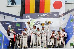 LMP1 Podium: race winners Timo Bernhard, Earl Bamber, Brendon Hartley, Porsche Team, second place Neel Jani, Andre Lotterer, Nick Tandy, Porsche Team, third place Mike Conway, Kamui Kobayashi, Jose Maria Lopez, Toyota Gazoo Racing