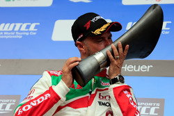 2. Tiago Monteiro, Honda Racing Team JAS, Honda Civic WTCC