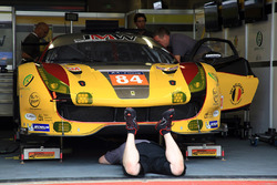 #84 JMW Motorsport Ferrari 488 GTE: Robert Smith, Will Stevens, Dries Vanthoor