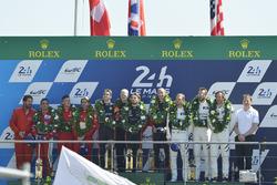 GTE AM podium: first place Robert Smith, Will Stevens, Dries Vanthoor, JMW Motorsport, second place Duncan Cameron, Aaron Scott, Marco Cioci, Spirit of Race, third place Cooper MacNeil, Bill Sweedler, Townsend Bell, Scuderia Corsa