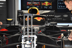 Suspension avant de la Red Bull Racing RB14