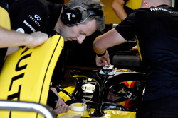 Carlos Sainz Jr., Renault Sport F1 Team R.S. 18 avec un GPS
