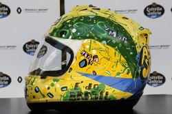 The helmet of Carlos Sainz Jr., Renault Sport F1 Team, designed by Shock Maravillha
