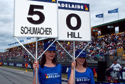 Paragüera de Michael Schumacher,Benetton y la de Damon Hill, Williams