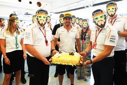 Fernando Alonso, McLaren, festeggia il suo compleanno