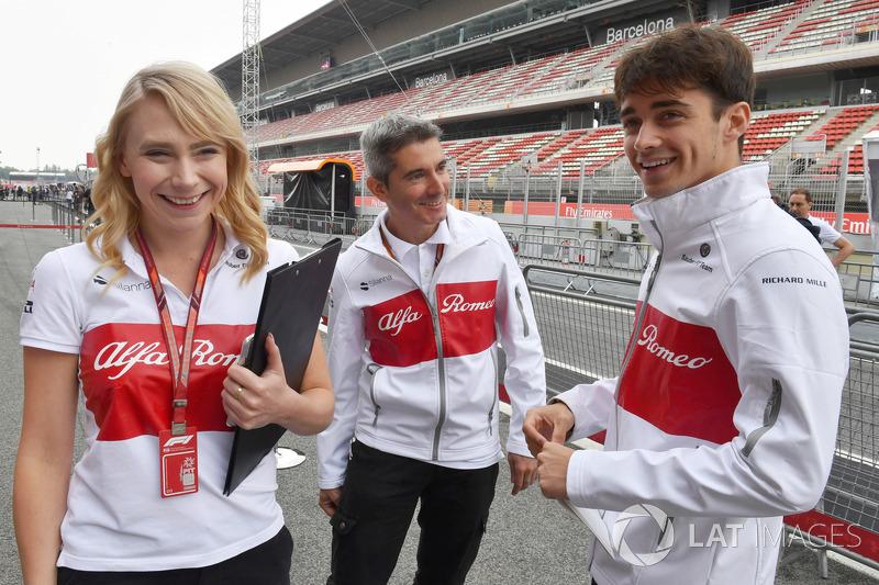 Ruth Buscombe, Estratega de carreras de Sauber, Xevi Pujolar, Jefe de ingeniería de vías de Sauber y Charles Leclerc, Sauber